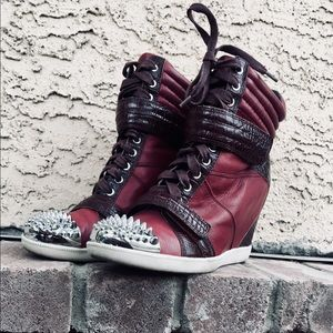 Boutique9 wedge sneakers